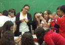 Estudantes da escola Delfim Moreira aprendem sobre escorpiões