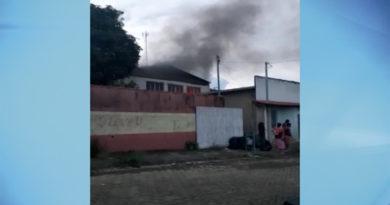 Fábrica de bolsas pega fogo em Muzambinho
