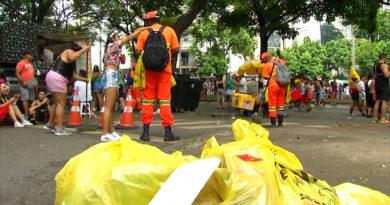Ainda falta consciência do folião, BH recolhe quase 700 toneladas de lixo das ruas