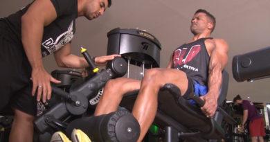 Fisiculturista cadeirante precisa de uma nova cadeira de rodas para disputar competição em BH