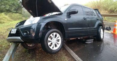 Casal morre em acidente na SP-350 entre São José e Tapiratiba