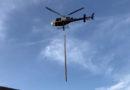Cemig utiliza helicóptero para reconstrução de estruturas danificadas por queimadas no Sul de Minas
