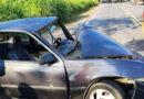 Carreta bitrem e um carro se envolvem em acidente na manhã desta segunda-feira (09)