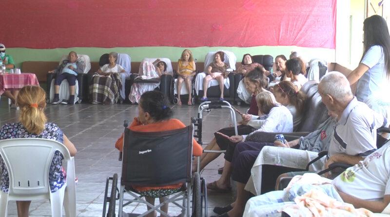 Idosos do Lar São Vicente de Paulo participam de atividades na Semana do Idoso