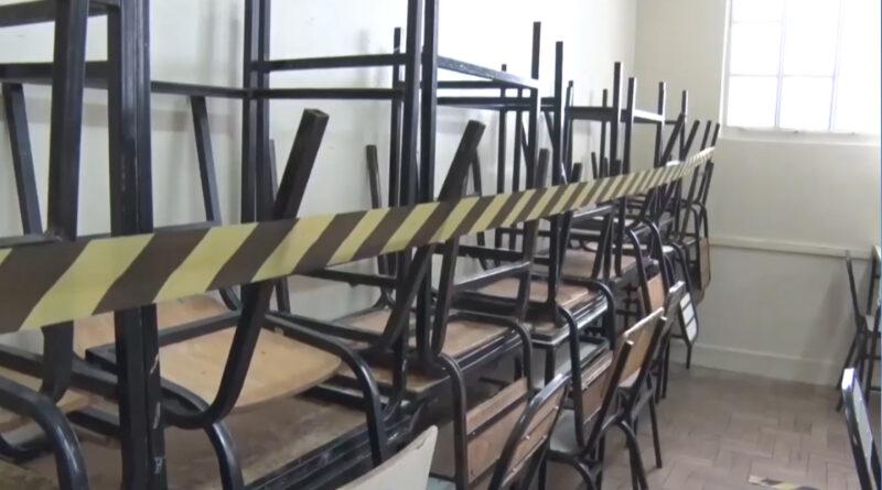 Governo de Minas determina volta das aulas presenciais